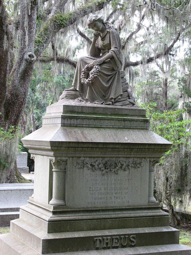 Bonaventure_cemetery_-_theus7351