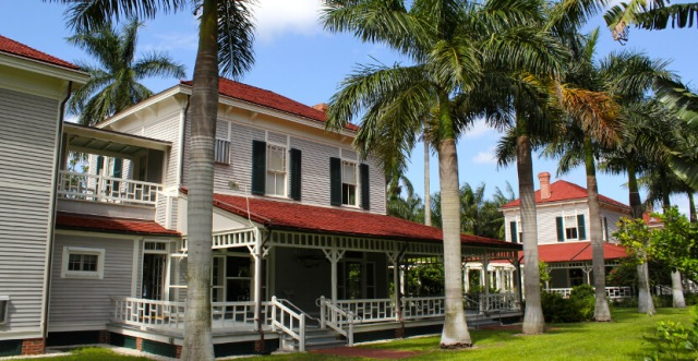Edison-and-Ford-Winter-Estates-Fort-Myers-Florida-2 (1)